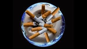 tabac et cendrier