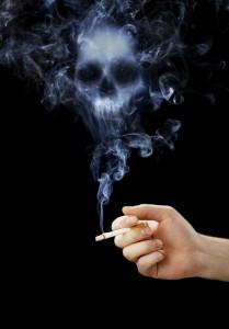 tête de mort en fumée